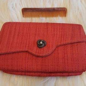 VINTAGE RED WOVEN CLUTCH WITH COMB